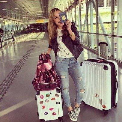 90 Comfy and Fashionable Travel Airport Outfits Looks 9