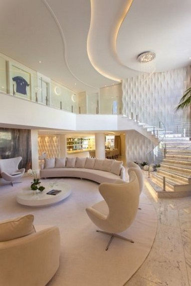 40 Comfy and Luxurious Living Room You Need to See 13