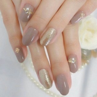 50 Acrylic Nails Ideas with Glitter Which You Love 22