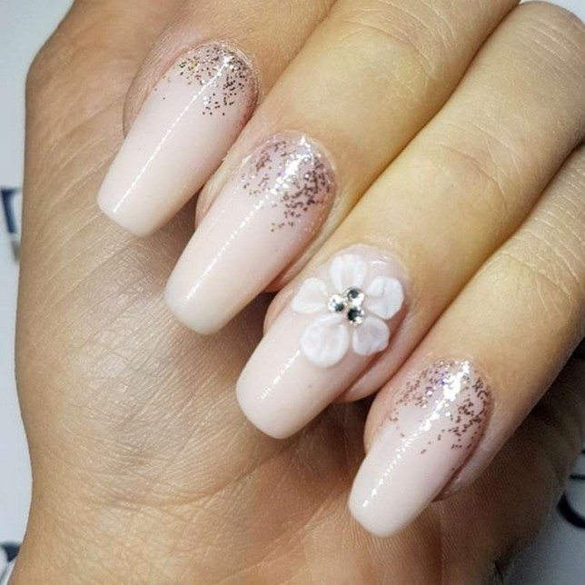 50 Acrylic Nails Ideas with Glitter Which You Love 34