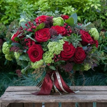 50 Romantic Valentines Flowers You Need to See 21