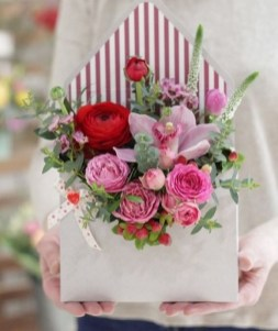 50 Romantic Valentines Flowers You Need to See 25