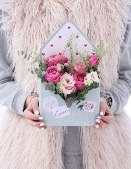 50 Romantic Valentines Flowers You Need to See 39