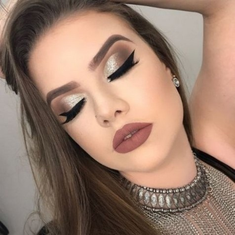 50 Shimmering Eye Makeup for Party Ideas 07