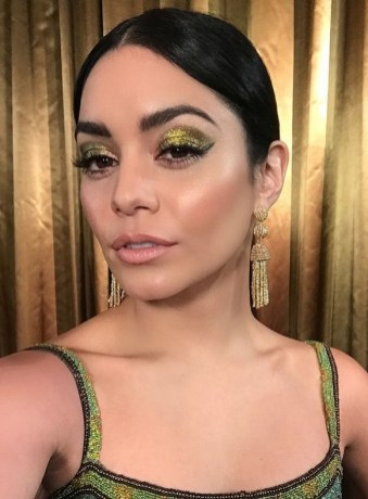50 Shimmering Eye Makeup for Party Ideas 13