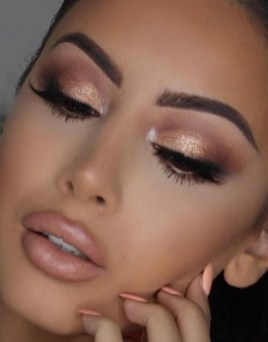 50 Shimmering Eye Makeup for Party Ideas 20