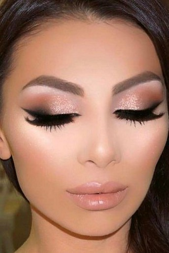 50 Shimmering Eye Makeup for Party Ideas 24