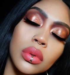 50 Shimmering Eye Makeup for Party Ideas 25