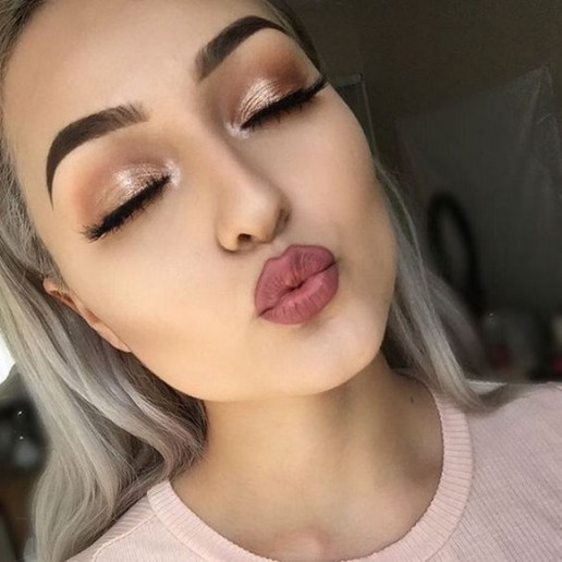 50 Shimmering Eye Makeup for Party Ideas 29
