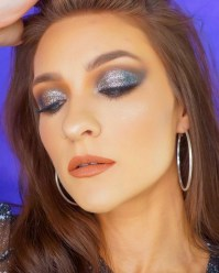 50 Shimmering Eye Makeup for Party Ideas 51