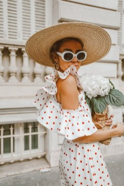 50 Ways to Protect Your Skin From The Sun With Stylish Hats 01