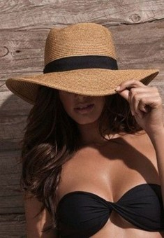 50 Ways to Protect Your Skin From The Sun With Stylish Hats 43