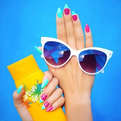 53 Ideas Fresh New Look Tropical Nail Designs 35