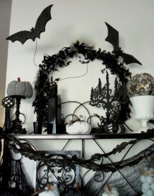 60 Nice Home Decor to Make Your House Stand Out This Halloween 26