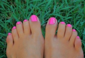 50 Ideas lovely Pink Toe Nail Art for Valentines Day 08