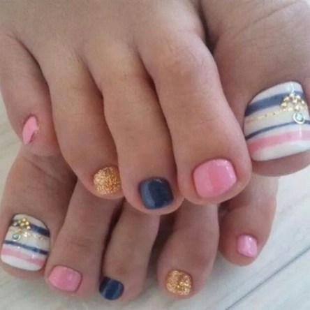 50 Ideas lovely Pink Toe Nail Art for Valentines Day 11