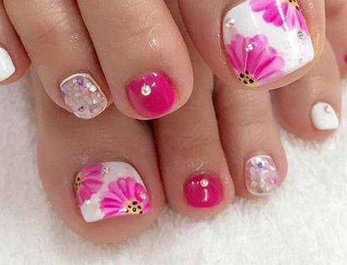 50 Ideas lovely Pink Toe Nail Art for Valentines Day 28