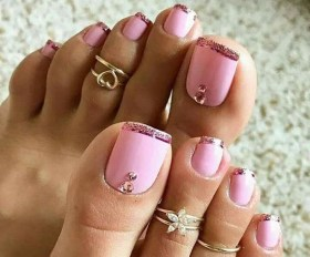 50 Ideas lovely Pink Toe Nail Art for Valentines Day 31