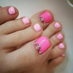 50 Ideas lovely Pink Toe Nail Art for Valentines Day 42