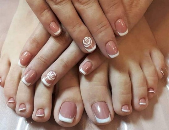 50 Ideas lovely Pink Toe Nail Art for Valentines Day 46