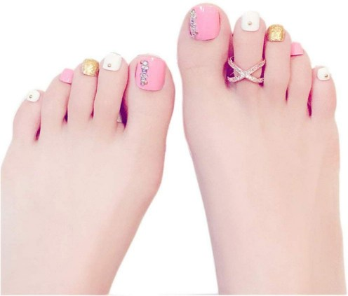 50 Ideas lovely Pink Toe Nail Art for Valentines Day 54