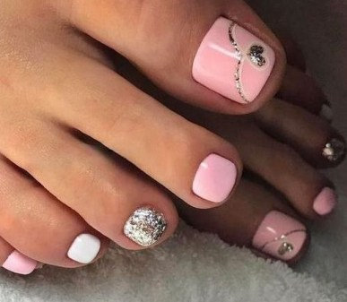 50 Ideas lovely Pink Toe Nail Art for Valentines Day 63