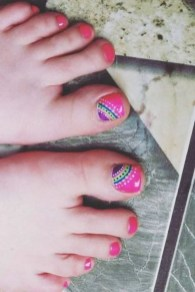 50 Ideas lovely Pink Toe Nail Art for Valentines Day 64