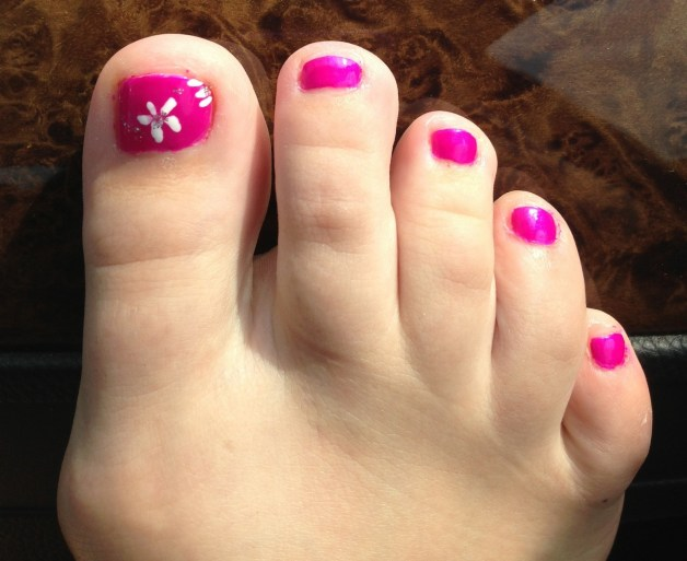 50 Ideas lovely Pink Toe Nail Art for Valentines Day 65