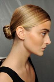 50 Stunning Classy Clean Bun Hairstyles Ideas 11