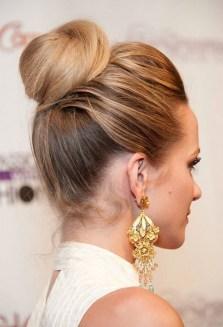 50 Stunning Classy Clean Bun Hairstyles Ideas 27