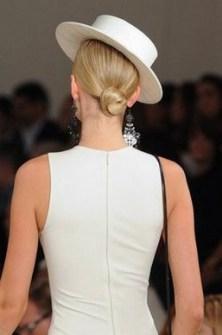 50 Stunning Classy Clean Bun Hairstyles Ideas 28