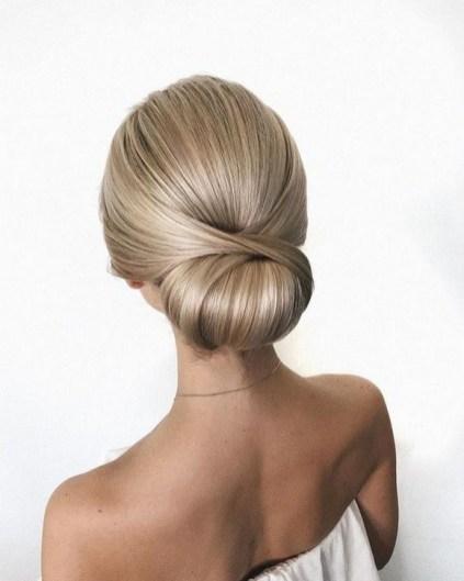 50 Stunning Classy Clean Bun Hairstyles Ideas 43