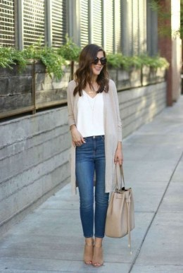 60 Stylish Cardigan Outfit Inspiration for Work 01