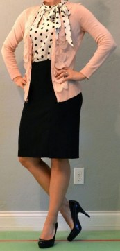 60 Stylish Cardigan Outfit Inspiration for Work 03