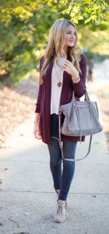 60 Stylish Cardigan Outfit Inspiration for Work 11