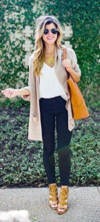 60 Stylish Cardigan Outfit Inspiration for Work 12