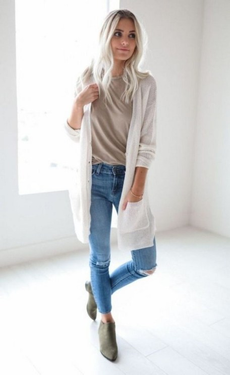 60 Stylish Cardigan Outfit Inspiration for Work 23