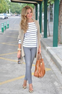 60 Stylish Cardigan Outfit Inspiration for Work 30