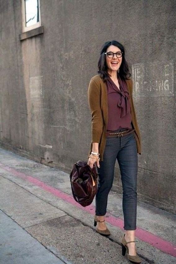 60 Stylish Cardigan Outfit Inspiration for Work 34