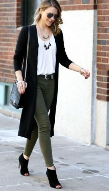 60 Stylish Cardigan Outfit Inspiration for Work 48
