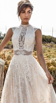 60 Victorian Styles Neckline for Wedding Dress Ideas 11