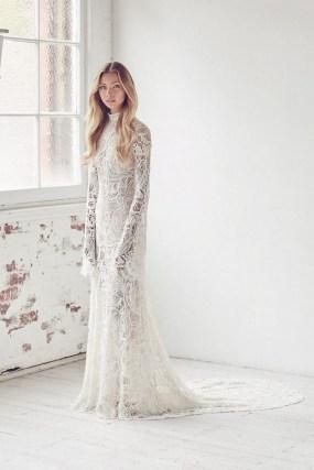 60 Victorian Styles Neckline for Wedding Dress Ideas 21