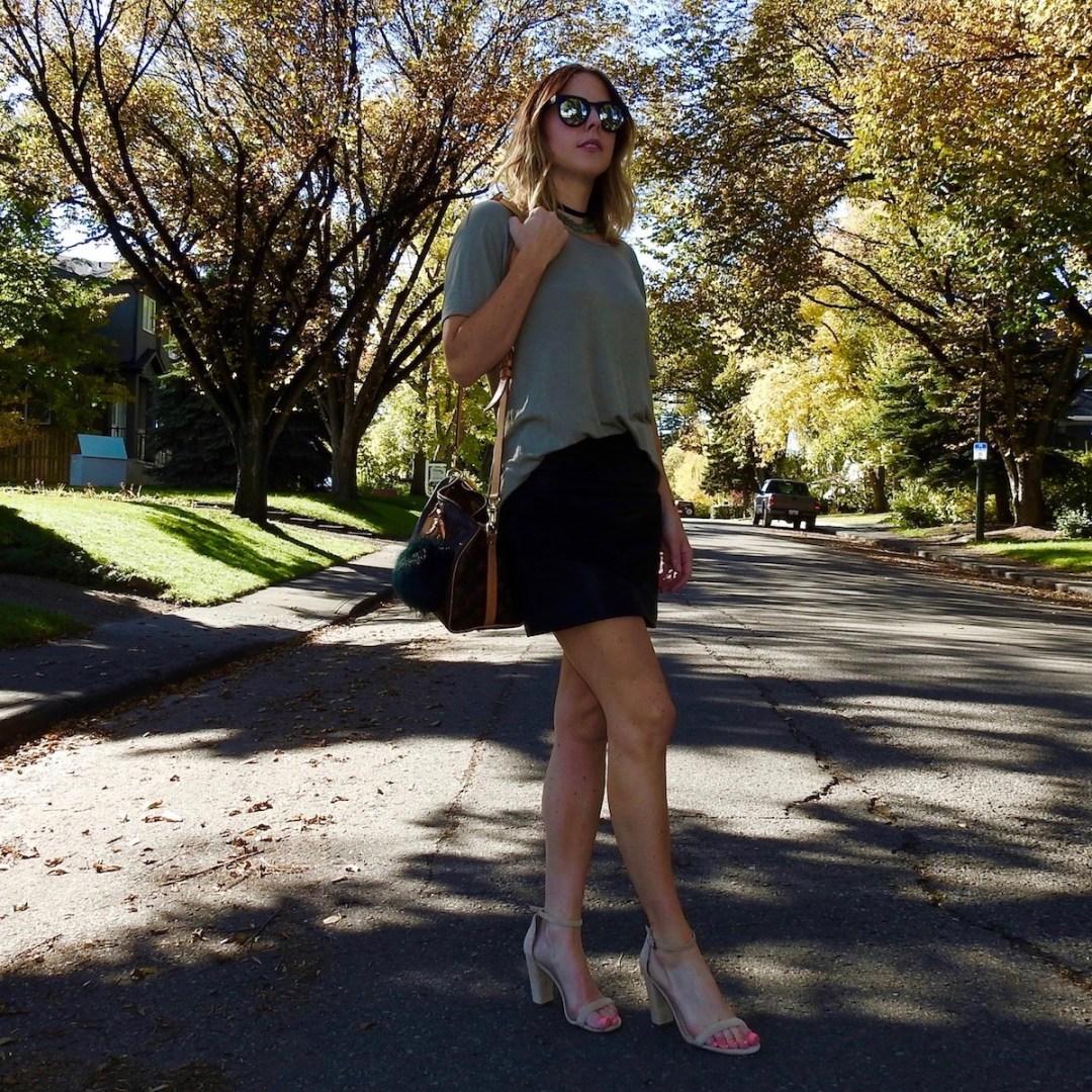 leather-skirt-nude-heels