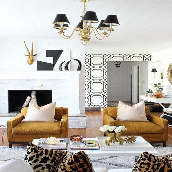 mixed-patterns-living-room