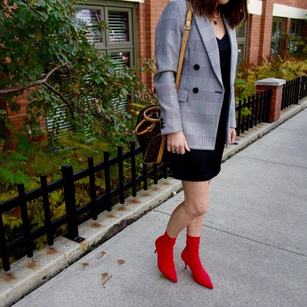 h&m-blazer-plaid-menswear-oversized-red-sock-boots