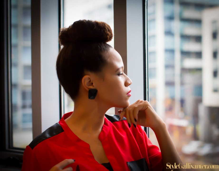 top-african-fashion-style-bloggers_black-fashion_easy-everyday-bun-hairstyle_professional-maternity-wear_office-style-for-pregnancy-15