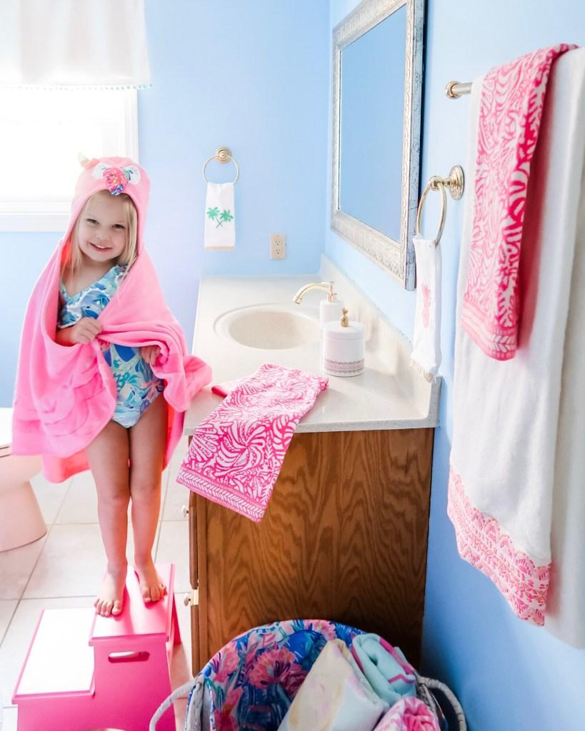 Pottery Barn Kids Girls Pink Bath Hand Face Towels