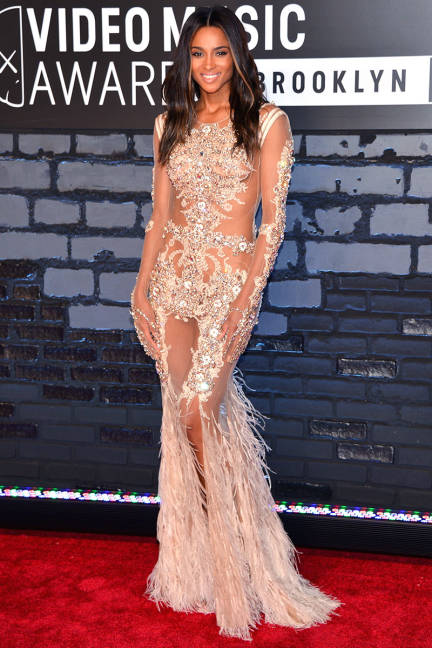 elle-mtv-movie-awards-ciara-xln-lgn