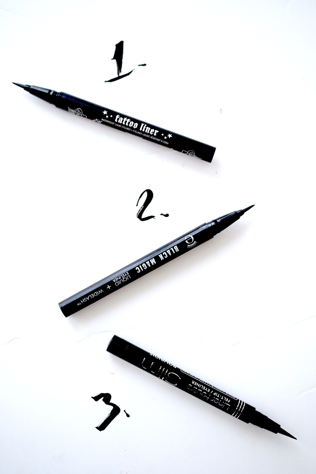 TOP 3: EASY TO APPLY LONG LASTING LIQUID LINERS
