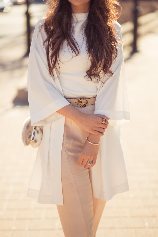 saniya-maskatiya-pants-pearls-white-vera-moda-cape-spring-fling-pakistani-designer-zara-fusion-3